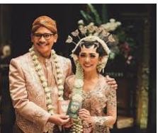 Jasa Rias Pengantin dan Make up Surabaya